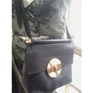 Pabia fekete váll táska kép