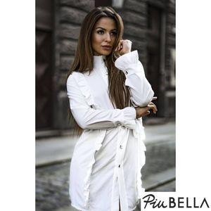 Elle - Elöl gombos fehér színű ruha, fodorral, megkötővel, hosszú ujjal kép