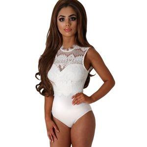 női fehér body kép