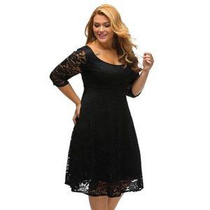 Fekete csipke alkalmi ruha kép