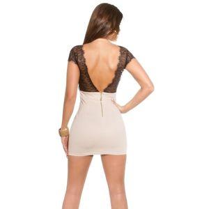 Bézs csipkés nyitott hátú ruha kép