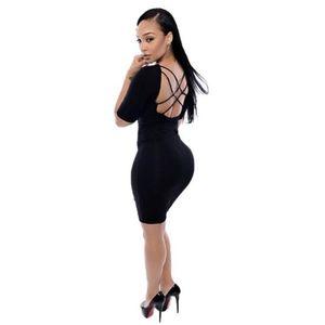 Fekete pántos hátú ruha kép