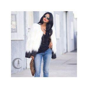 Női divatos téli kabát kép