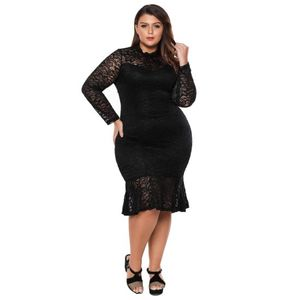 Fekete csipkés ruha kép