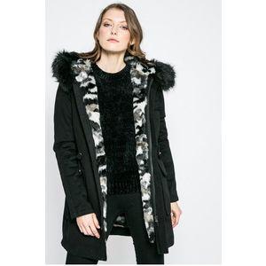 Review - Kapucnis kabát kép