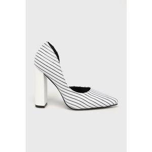 Answear - Sarkas cipő kép