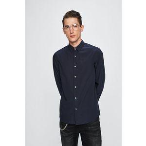 c45b6560ea Calvin Klein Jeans - Ing. 21 990 Ft. Ing kollekció Calvin Klein Jeans. Sima  anyagból készült modell. Klasszikus gallérral rendelkezik.