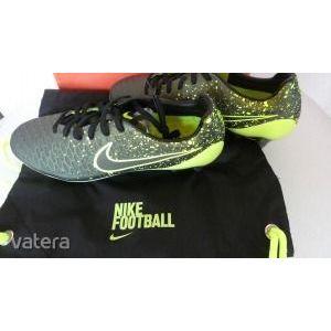 Új Nike Magista Opus Fg football cipő 42, 5 méretbe Cikkszám: 649230 371 kép