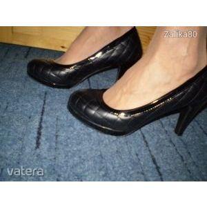 Magassarkú női cipők! Kihagyhatatlan áron! kép