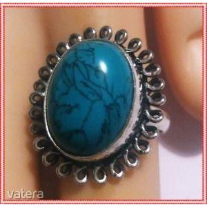 Mesés ezüst vésett kézzel készitett indiai cakkos 19, 8 mm türkiz gyűrű kép