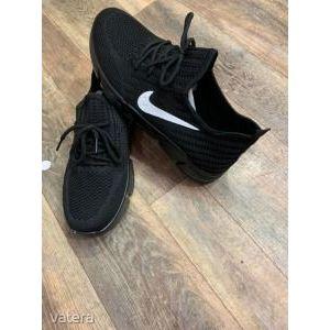 ÚJ!! NIKE vászon (replika) sport cipő eladó!!!! 6500Ft!!! kép