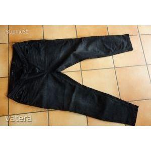 48-as méretű fekete rugalmas farmer nadrág! Csak próbálva volt! kép