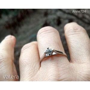 Fehérarany brill szoliter gyűrű kép