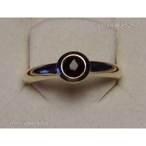 Női arany gyűrű gránát kővel 3, 14 g 9 karátos 19 mm kép