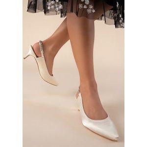 Raluka bézs magassarkú cipők kép