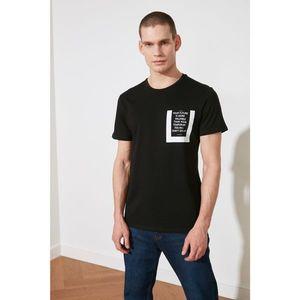 Trendyol Black Men's Regular Fit Crew Neck Short Sleeve Printed T-Shirt kép